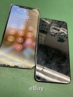 Apple iPhone Xs Max Screen digitizer & OLED replacement Service! Fast